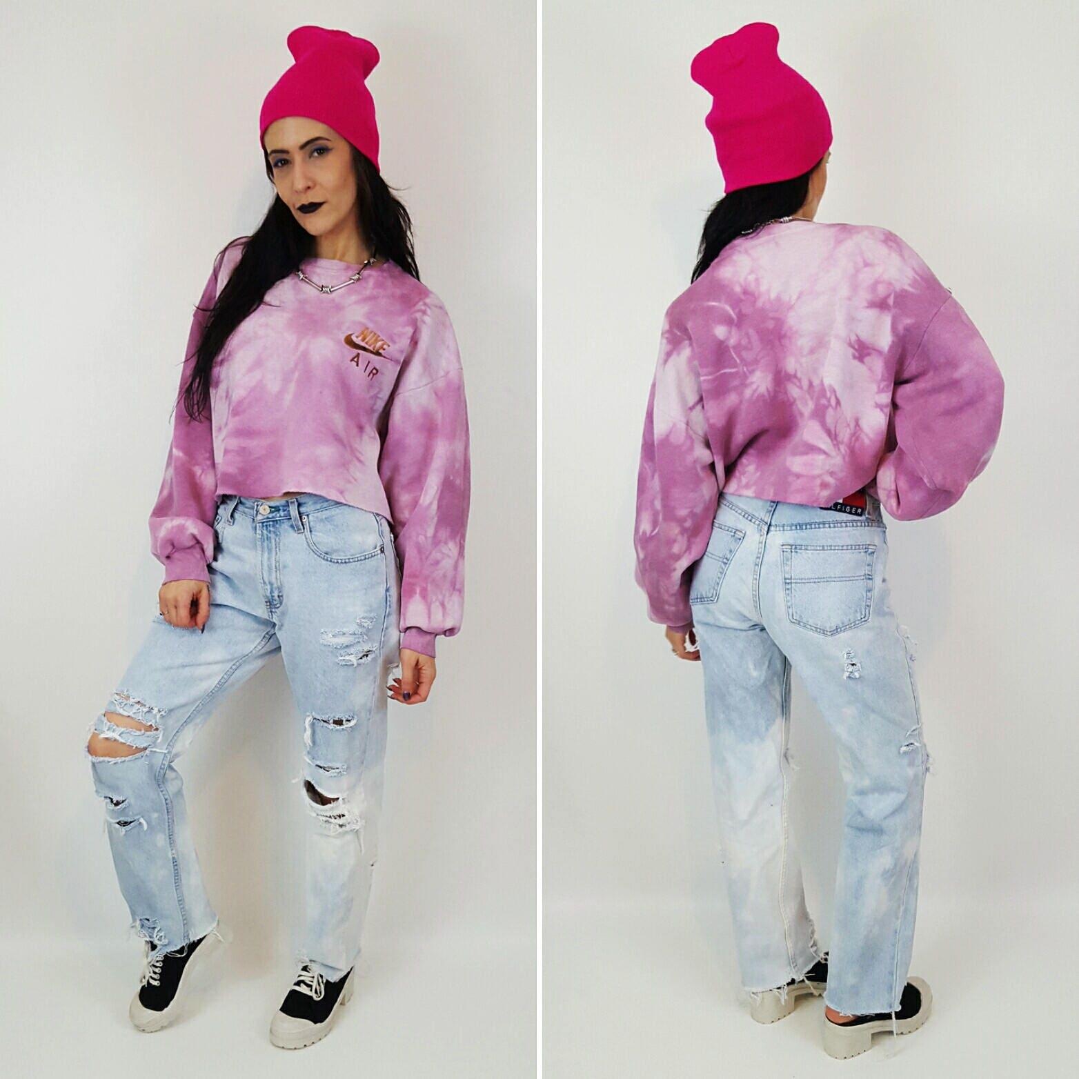 10f6104f6139f Nike Pink Tiedye Cropped Sweatshirt - Large Oversized Baggy Crop Top  Sweatshirt - Logo Grunge Athletic Sweat Shirt - Raw Hem Tie Dye Croptop.  gallery photo ...