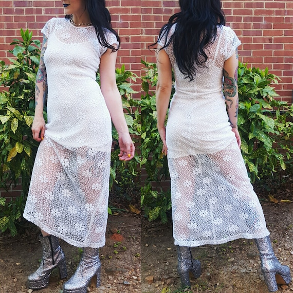 90's White Lace Maxi Dress Small - Daisy Floral Long Floor Length Dress Sheer Boho Dress - Festival T Shirt Dress with Matching Inner Slip