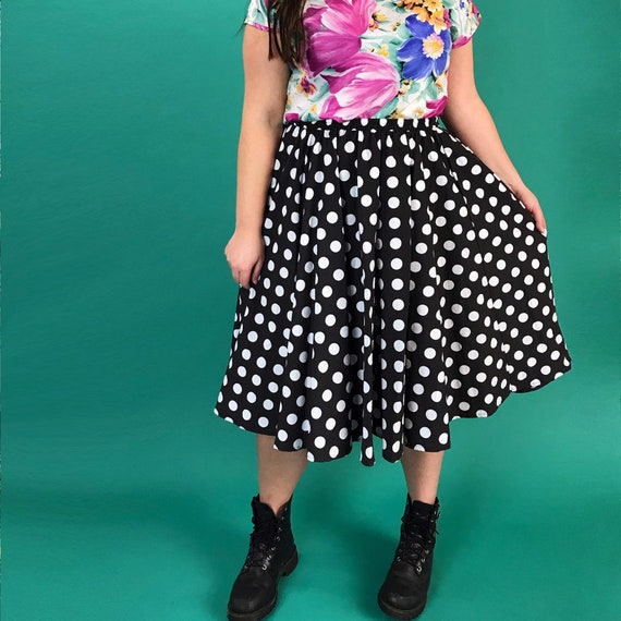 90's Polka Dot High Waist Midi Skirt Medium Elastic Waist - Black & White 1/2 Circle Flowy Allover Print Pin Up Girly Americana Classic