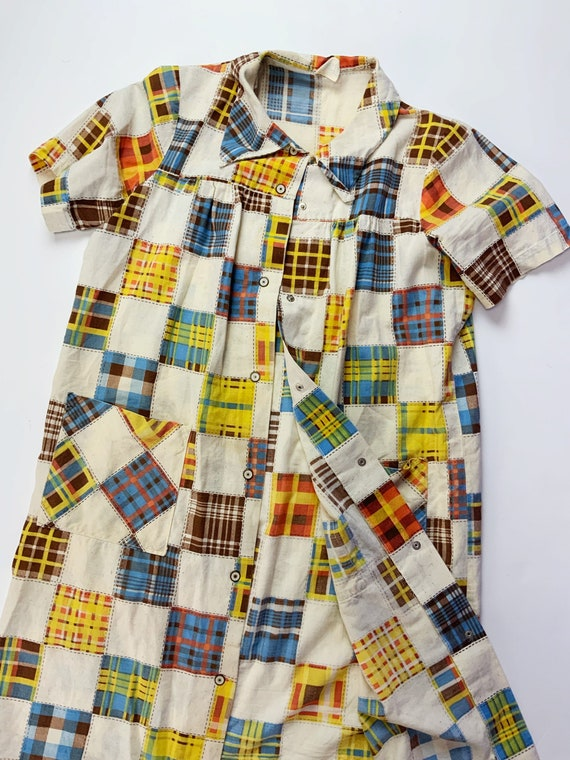 60's Vintage Patchwork Print House Dress Snap Fro… - image 8