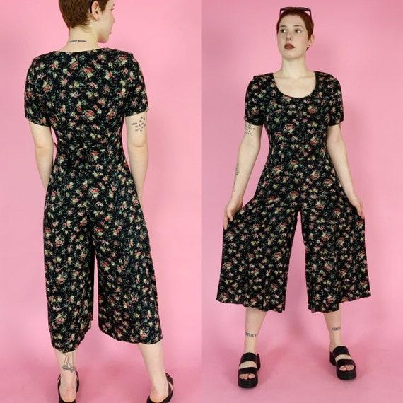 90's DEADSTOCK Black Floral Printed Pants Jumpsuit Small US 5/6 - Vintage Wide Leg CUTE Tie Back Button Front One Piece Casual Pants Romper