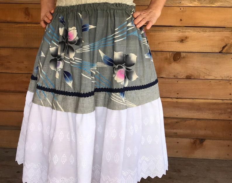 Vintage Japanese cotton and eyelet floral braid trim lolita girly pretty full gathered circle skirt large