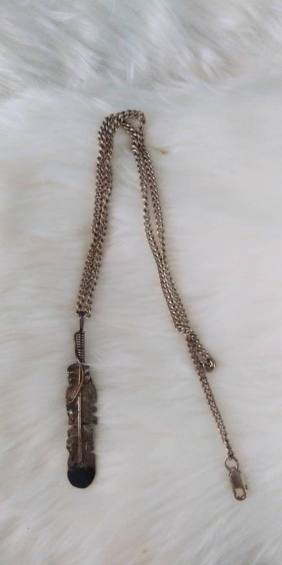 Vintage native feather Necklace navajo