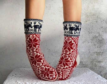 hand knit wool socks scandinavian, knitted norvegian socks with deer for men and women A1