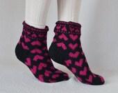 Hand knit thick wool children socks black pink hearts small adults socks boot socks No68