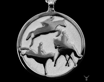 Eventing Necklace, Eventing Disc Necklace, 3 Day Event Necklace, Eventer Necklace, Horse Eventing Necklace, Horse Eventing Pendant