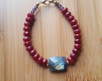 Labradorite bracelet, Dyed Ruby Bracelet, Red Stone Bracelet, Gemstone Bracelet, Amethyst Charm, Bohemian Bracelet, Healing Stones, Gift Her