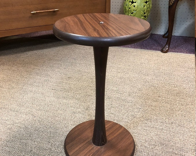 Petite Mid Century Modern Tulip Accent Table Laminate Finish