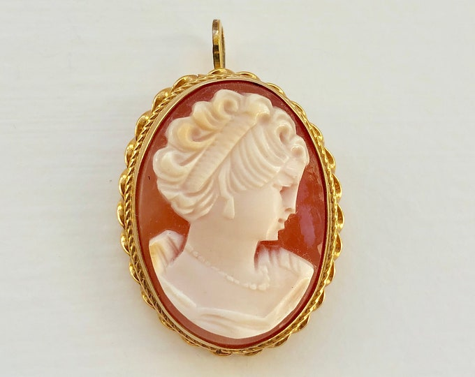 14K Yellow Gold Carved Shell Cameo Converter Brooch Pendant