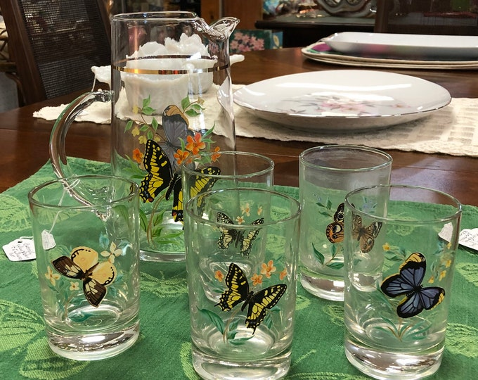 Vintage 6-Piece Glass Pitcher Set with Butterfly motif, Includes Pitcher + 5 Glasses