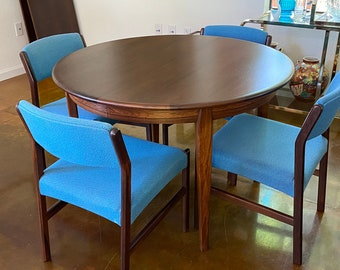 Danish Mid Century Modern, C. 1960s, Rosewood Expandable Round to Oval Dining Table with 2 Leaves