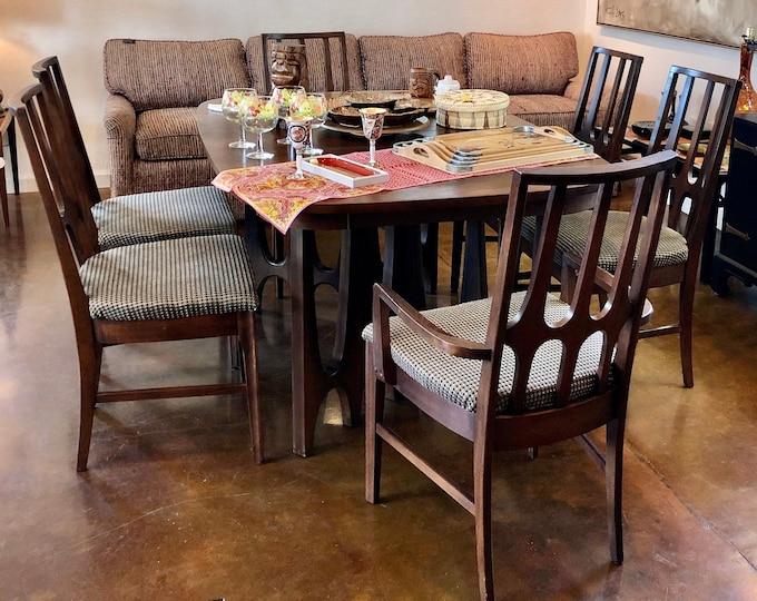 Broyhill Brasilia Mid Century Modern Walnut Dining Set