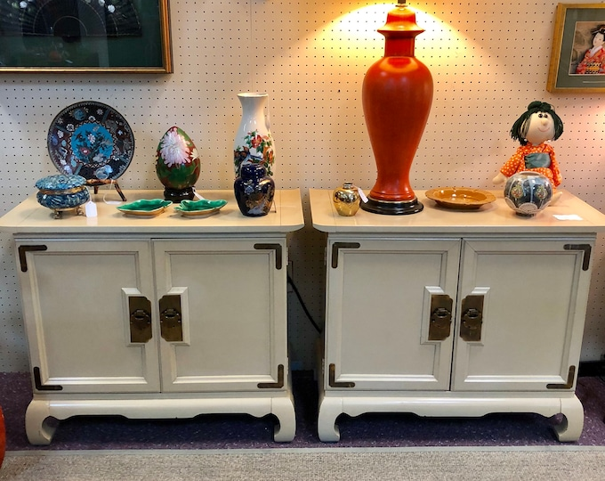 Pair of Mid-Century Cream Chinoiserie Nightstands or Side Cabinets