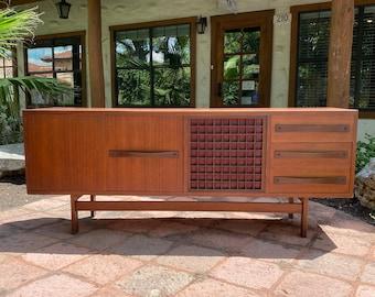 Italian Teak Mid Century Modern Long Low Sideboard