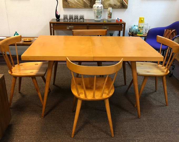Designer Paul McCobb Planner Group Mid Century Modern Dining Set, Including Table, Two Leaves, Four Chairs