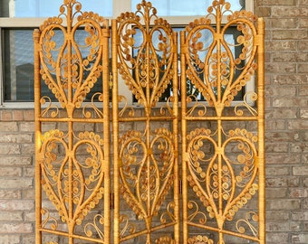 Mid Century Hollywood Regency Bamboo and Wicker Paneled Folding Dressing Screen / Room Divider, Peacock Hearts Motif, Boho Chic, Eclectic
