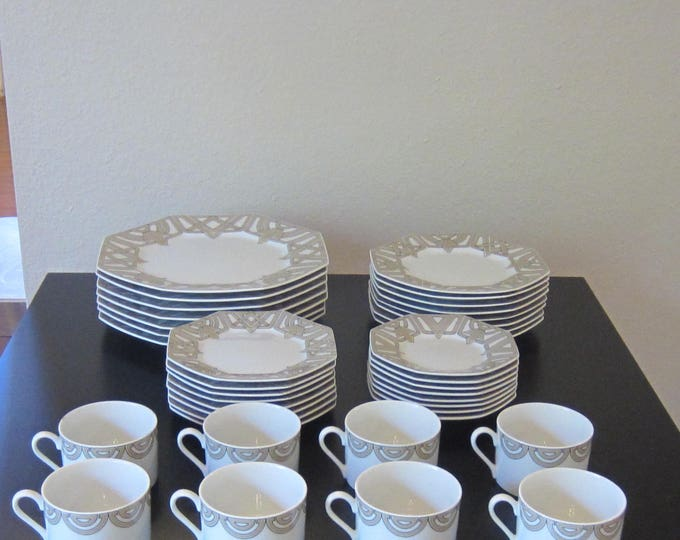 """Fitz & Floyd """"The Ritz Grey"""" China Set, Intertwined Geometric Design, Octogonal Rimmed Plates, 39 Pieces"""