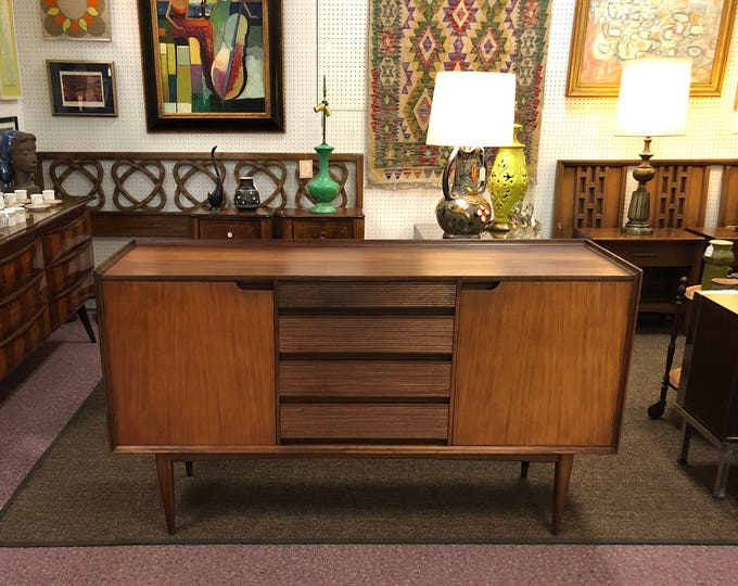 SOLD-OUT Mid Century Modern Teakwood Sideboard, British Design by Heals, C. 1950s-1960s
