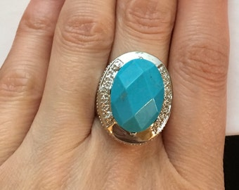 Vintage Sterling Silver Oval Faceted Turquoise Stone Ring