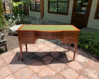 Chic Early 20th Century, Mahogany Leather-Top Desk, Perfectly Sized with Great Design Features and Timeless Style