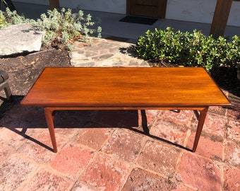 Danish Rosewood Mid Century Modern Long Rectangular Coffee Table C. 1960s