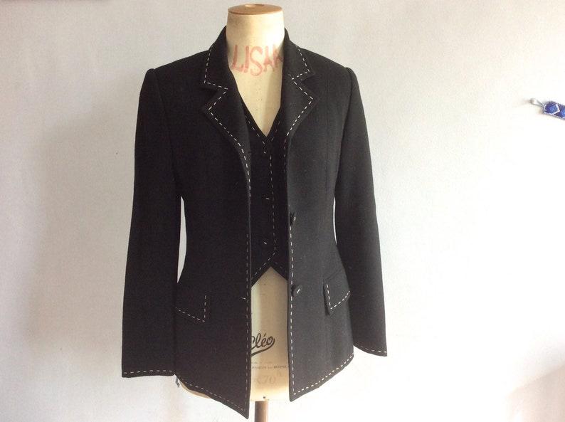 6923630ddc 70s veste et gilet vintage en crepe de laine noir surpiqué | Etsy