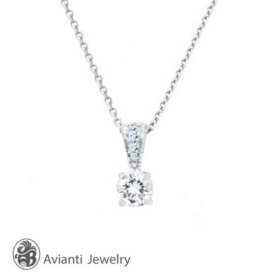 Silver Diamond Accent créé Rose Sapphire /& Opale Blanc 3 flottant Collier Coeur