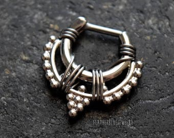 One Hand Wire Wrapped 16g (1.2mm) Silver Plated Brass Tribal Beaded Septum Clicker Nose Piercing Jewelry