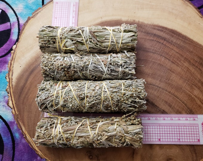 Medium Black Sage (Dream Weed, Mugwort, Magical Sage) Bundle approximately 4-5 inches, wild harvested, Reiki infused