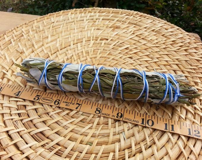 Large California White Sage with Lavender (Salvia Apiana & Lavandula x Intermedia) Bundle 7~9 inches, wild harvested, Reiki infused