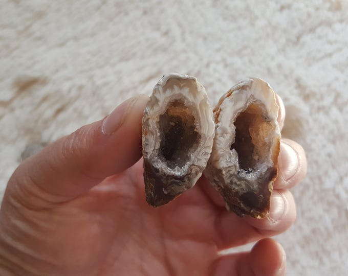 Occo Geode Pair ~ 1 Reiki infused cut and polished geode pair (OGP14)