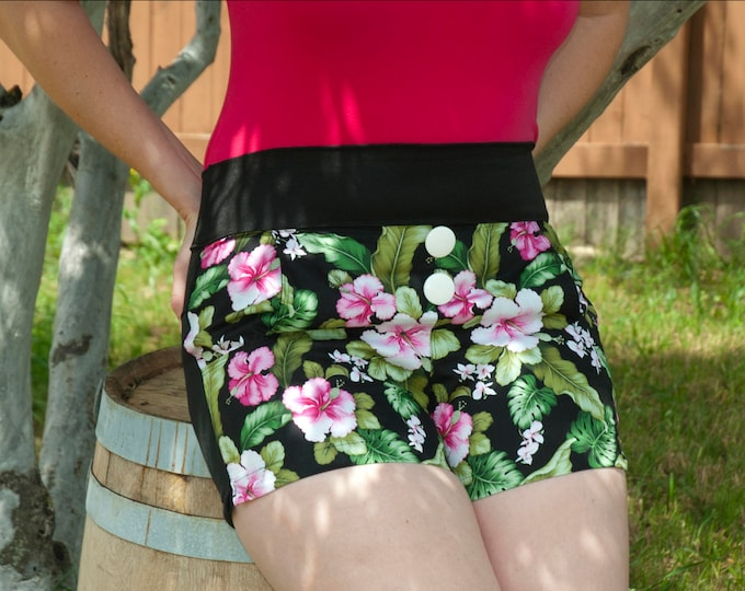 Pin-up Aloha Tropical High Waist Derby Shorts