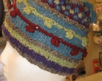 KNITTING PATTERN:  Happy Midwinter's Eve Hat