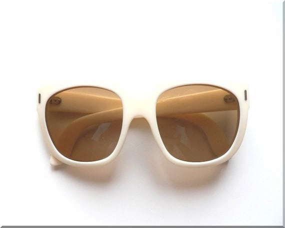 vintage sunglasses, mens & womens 60s cream sungla