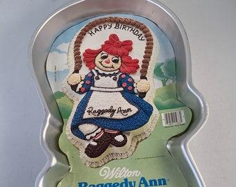 Wilton Holly Hobbie Girl Doll Dolly Cake Pan 502-194, 1975 American Greetings Retired Wilton Enterprises Inc.