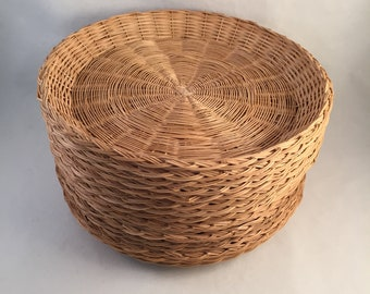 Set of 16 Retro Wicker Paper Plate Holders Natural Color 10\  Edge to & Plastic plate holder   Etsy