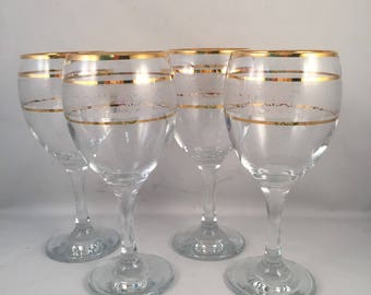 908ee259c62 Set of 4 Gold Rim Wine Glasses with White Etching and 3 Gold Rings