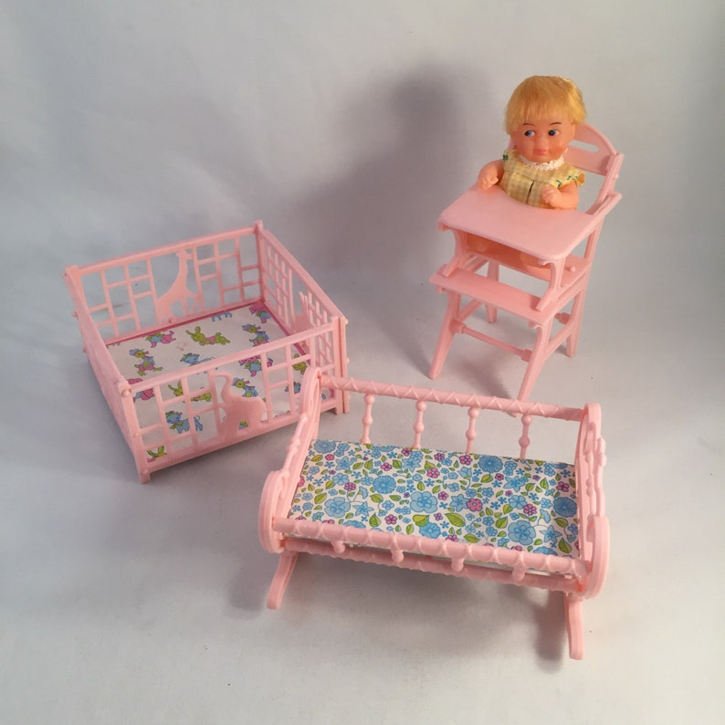 4 Piece Set 3 Pieces Of Doll Furniture And 1 Baby Doll Doll House Furniture Mini Plastic Doll Furniture