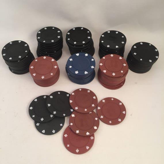 Lot 87 Vintage de jetons de Casino, variété de couleurs Bordeaux, noir et bleu, authentique à la recherche des jetons de Poker Casino