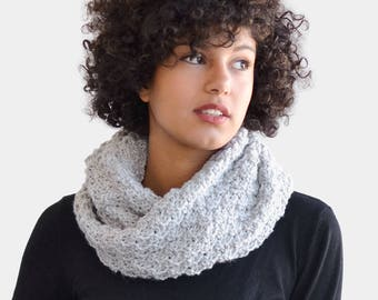 Chunky Hand Knit Cowl, Grey Infinity Scarf, Wool Cowl Scarf, Knit Tube Scarf, Knitted Snood, Custom Color Scarf, Handknit Chunky Cowl