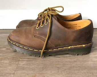 a9b94e543cf059 Vintage 90s DM s Brown Leather Chunky Oxfords Dr. Martens England Made Lug  Sole Yellow Stitching Lace Up Flats Unisex UK 6 US Women 8 Eu 39