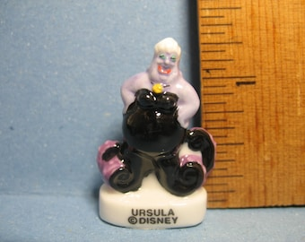 KING TRITON Miniature Figurine LITTLE MERMAID Porcelain FEVES Mini Figure DISNEY