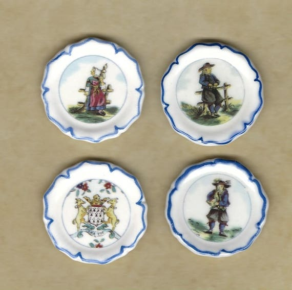 Collection Of 7 Pieces Of Brittany Pottery Attractive And Durable Pottery & China Art Pottery