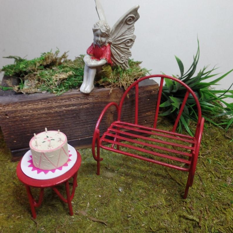 Fairy Garden Happy Birthday Cake Bench Table Fairy Guest Miniature Garden Container Garden Dollhouse Furniture GardenParty Table Centerpiece