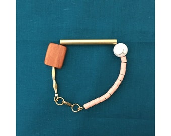 Howlite and Brass Bracelet