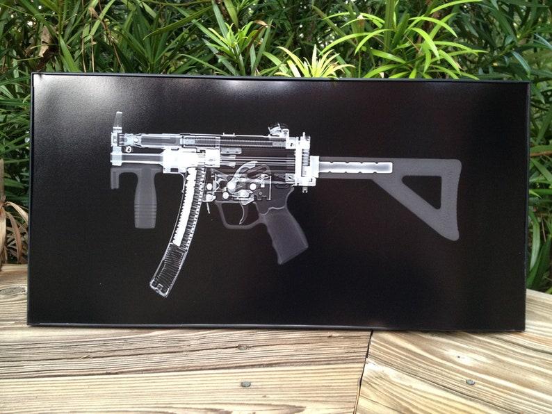 MP5k Submachine  gun CAT scan gun print  ready to frame image 0