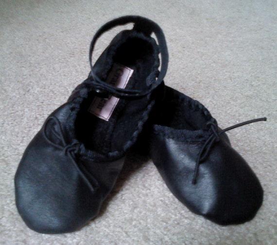 Noir cuir cheville sangle Ballet Shoes - Full sole - bébés / taille de Tot 3 UA / 4 U.S.