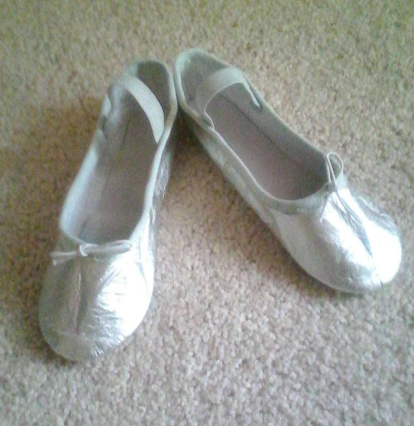 silver leather ballet slippers - full sole (children) various sizes for girls