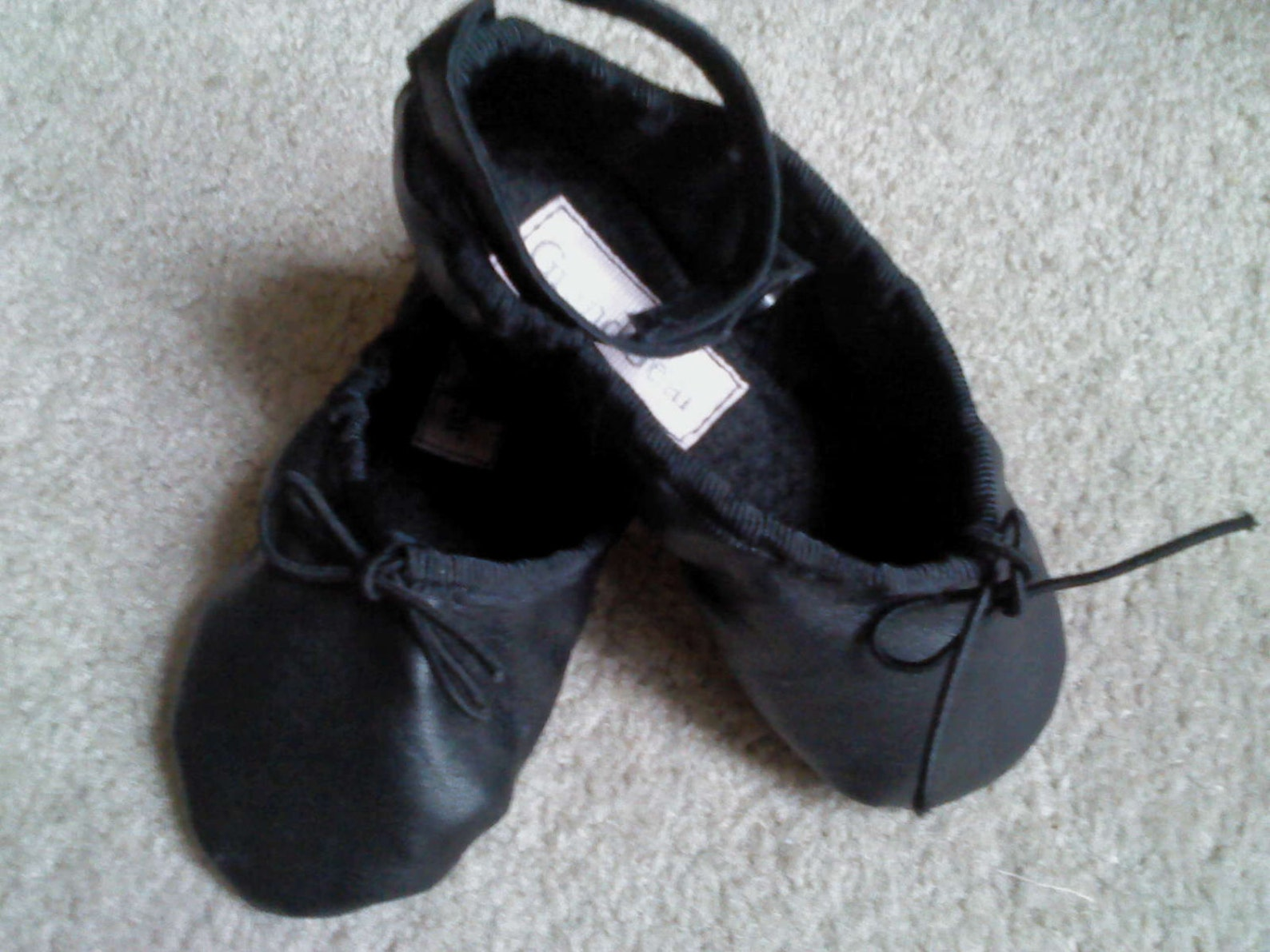 black leather ankle strap ballet shoes - full sole - babies / tot's size 3 au / 4 us