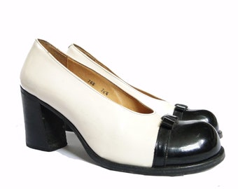 Sartore Paris black patent leather white black pumps heels shoes
